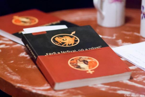 Eszenyi M. Bence: Férfi a férfival, nő a nővel című könyve